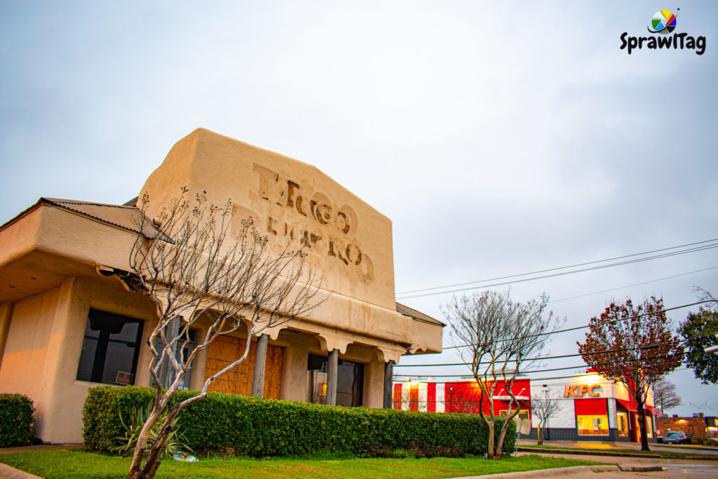 Closed Taco Bueno