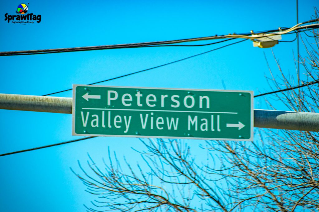Valley View Mall road sign