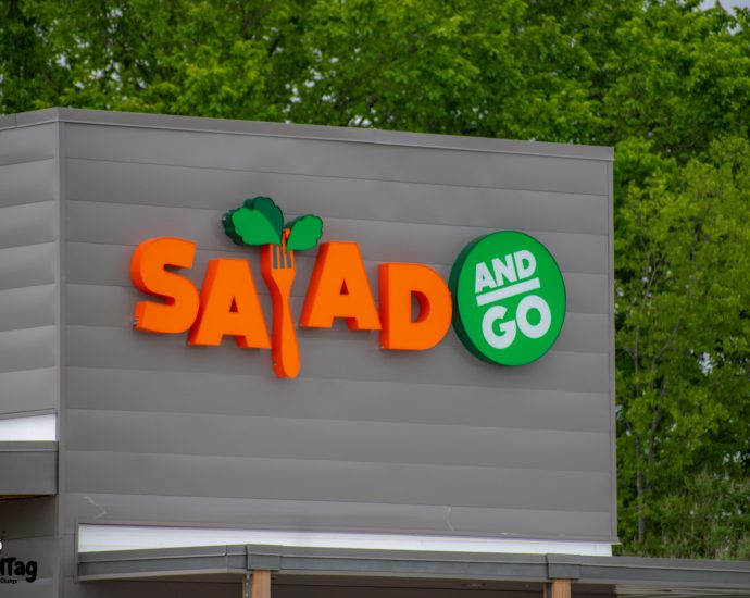 New Salas and Go on Ross Avenue in Dallas