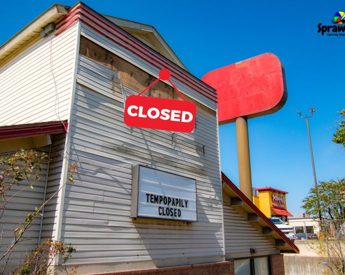 Closed Golden Corral in Irving